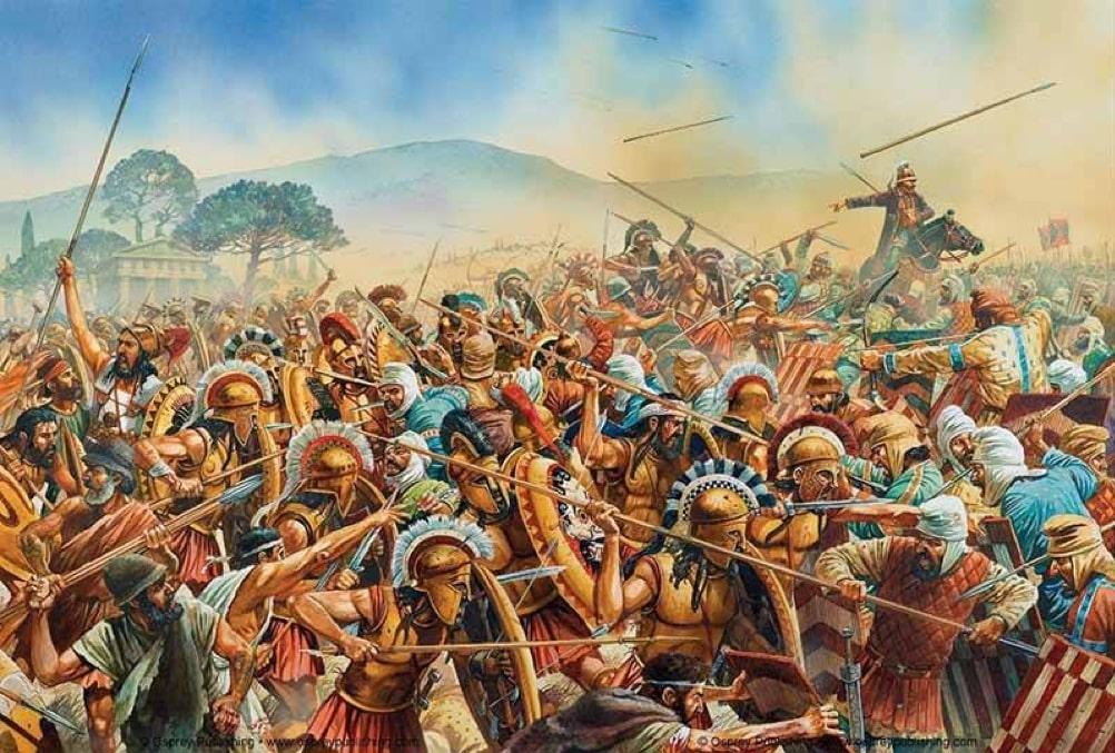 l'immagine a colori mostra tanti soldati impegnati in battaglia con le lance